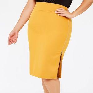 NWT Side Zipper Skirt